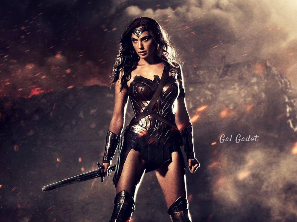 Gal Gadot in Wonder Woman Fighting Costume