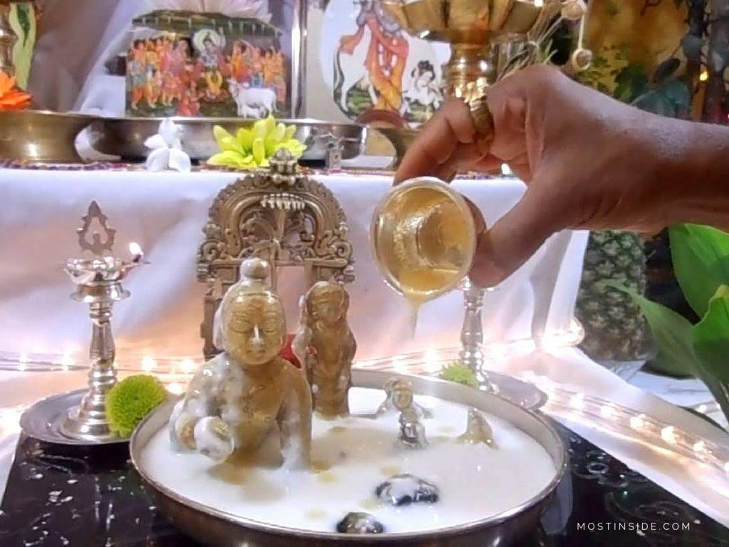 abhishekam importance in hindu religion